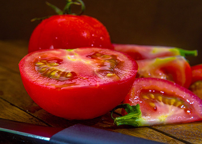 Delicious Red Tomatoes_1