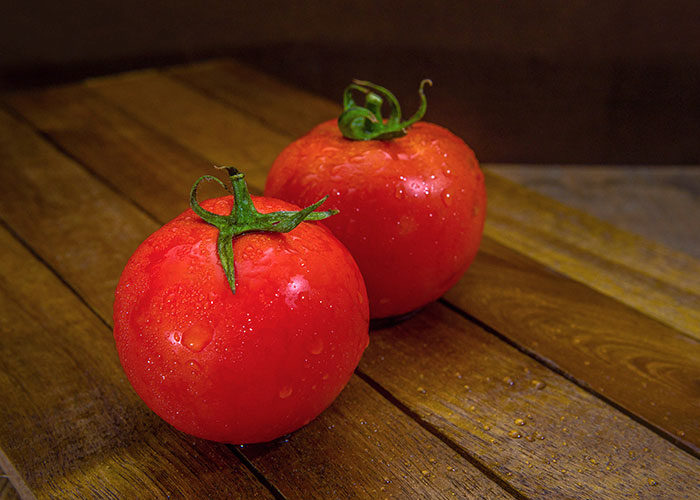 Delicious Red Tomatoes_3