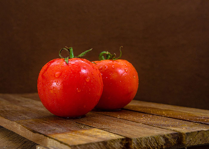 Delicious Red Tomatoes_4