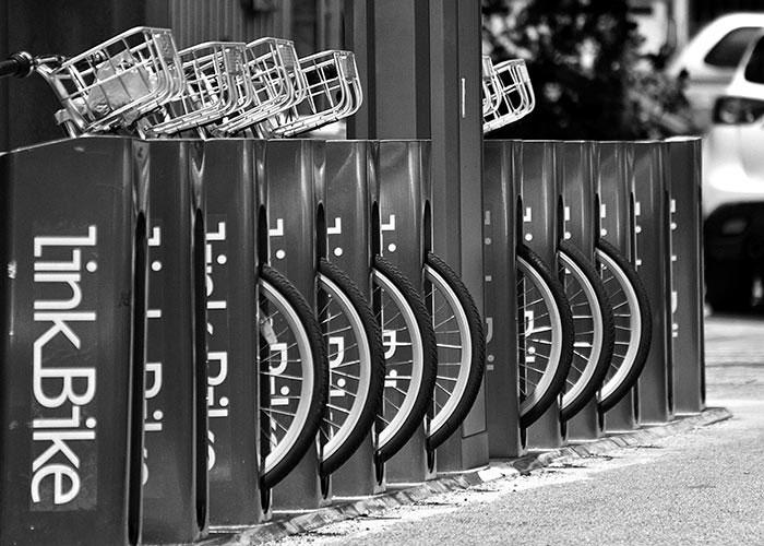 Black & White Photography : Row of Bikes